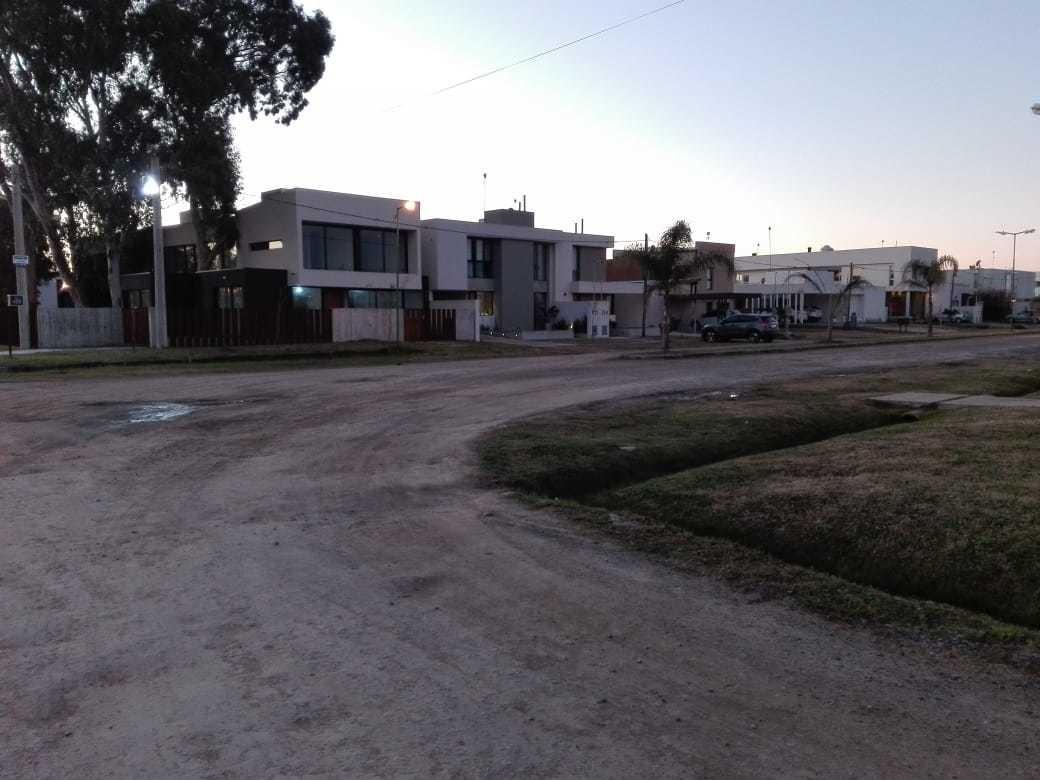 lotes en venta - barrio semicerrado el quimilar 466 y 10