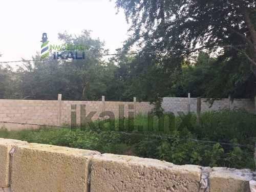 lotes en venta en col. ampliación veracruz poza rica veracruz 422 m²,  se encuentra ubicado en la calle coatepec de la colonia ampliación veracruz, tiene 19 metros de frente y 25 metros de fondo, son