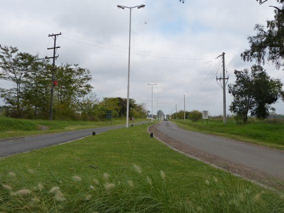 lotes y terrenos barrio cerrado la elina comarcas de lujan