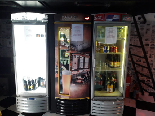 lounge bar e lanchonete com espaço para restaurante