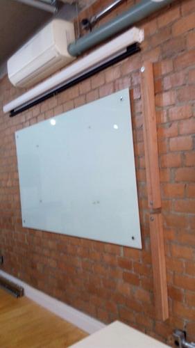 lousa de vidro temperado serigrafado branco 6mm 120x100 mm