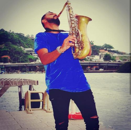 love sax show