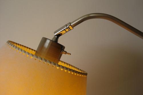 lp-2601 lámpara de pie móvil