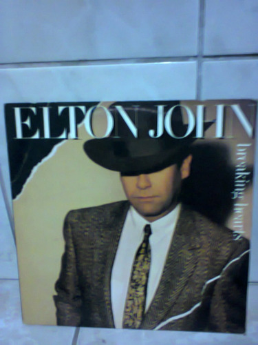 lp elton john breaking hearts c/ encarte