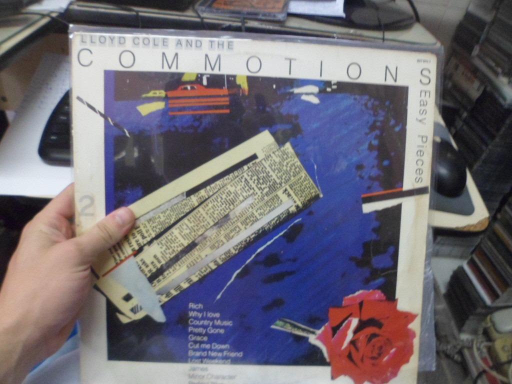 Comotions