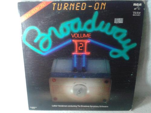 lp turned on broadway volumen 2