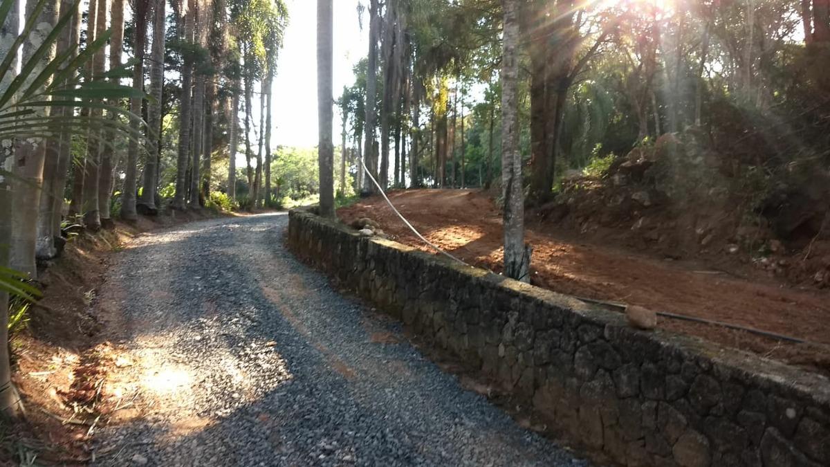 l.s com pequena entrada terrenos em ibiuna de 1000 m2