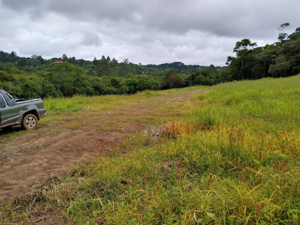 l.s de 1000 m2 terrenos planos em ibiuna ent. +48 x parcelas