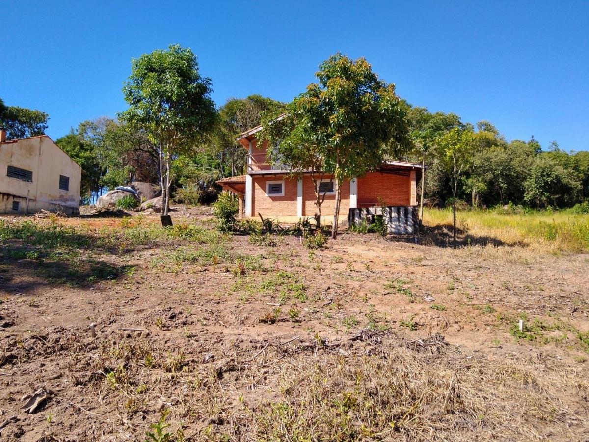 l.s more num lugar tranquilo , terrenos  de 1000 mts ibiuna