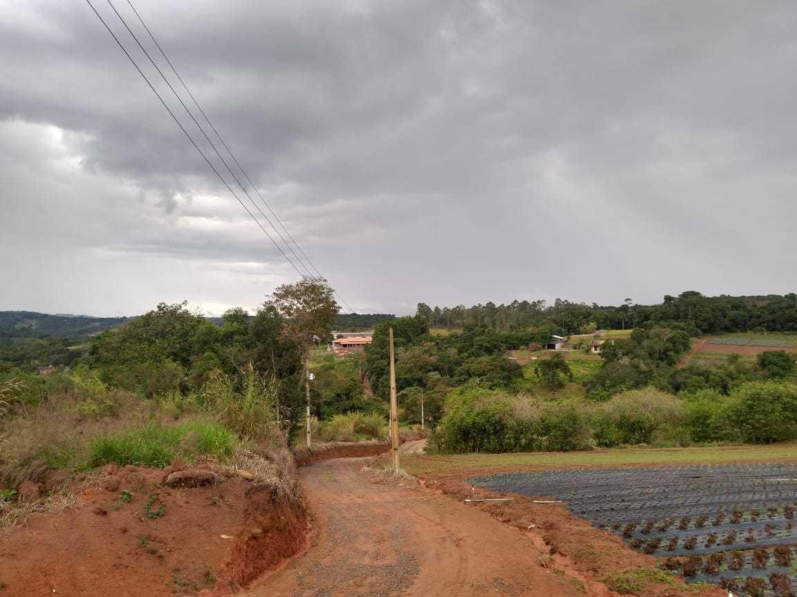 l.s qualidade e economia terrenos em ibiuna  com 1000m2