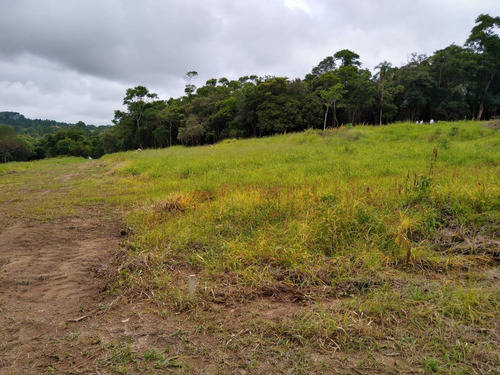 l.s      terrenos em ibiuna