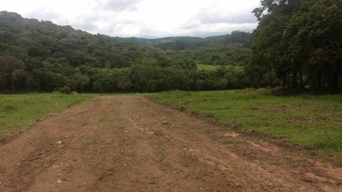 l.s  terrenos planos em ibiuna