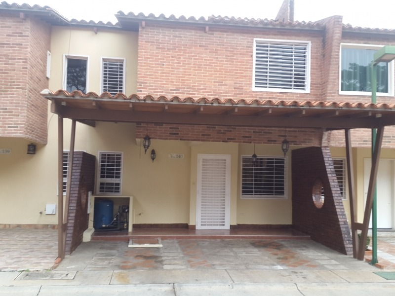 Ltr Vende Townhouse En Villa Jardín San Diego Código: 357134