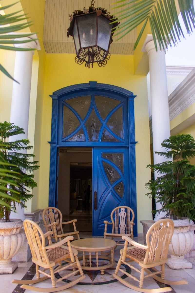 lujosa casa en san francisco de macoris