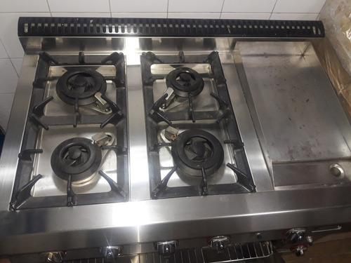 lujosa cocina industrial toda en acero 4 hornillas en bronc