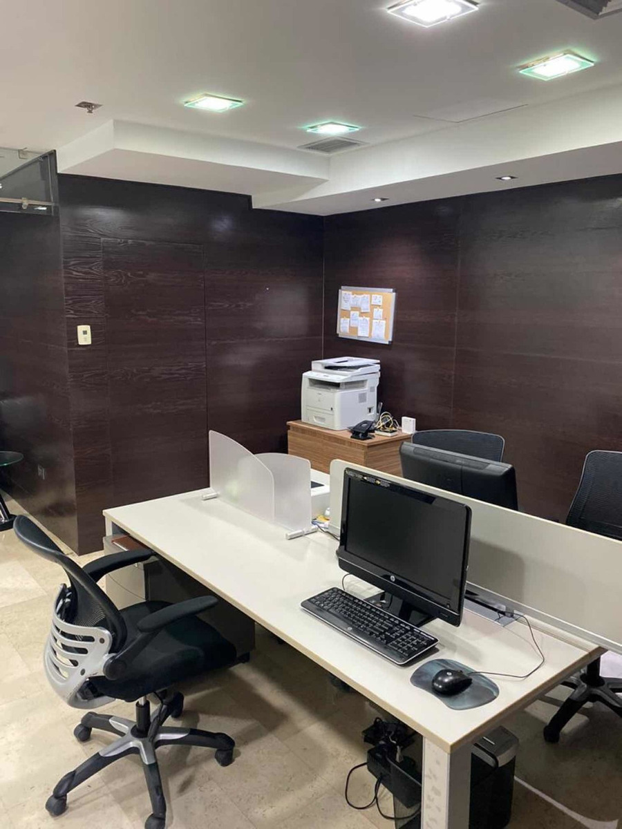 lujosa oficina amoblada
