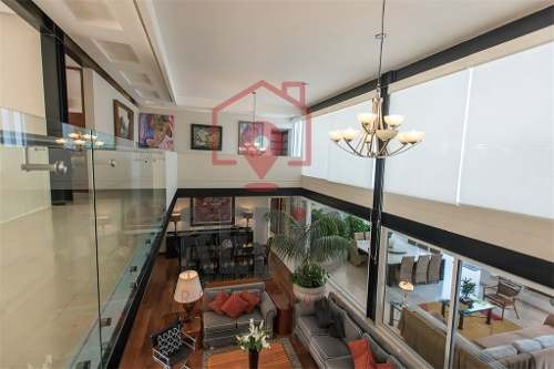 lujosa residencia de diseño moderno en la rica juriquilla