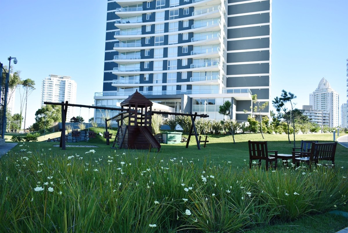 lujoso apartamento en playa brava punta del este torre one 1