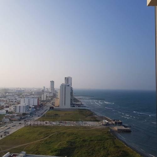 lujoso departamento con vista al mar en venta torre amura |