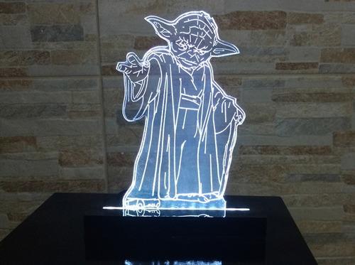 luminária abajur acrílico de led star wars yoda