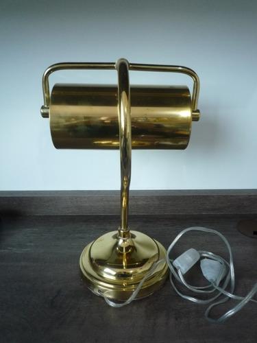 luminária antiga de mesa estilo xerife latão, charme!