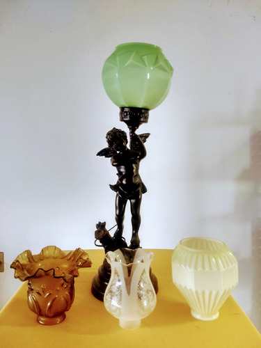 luminária antiga em petit bronze anjo querubim assinada