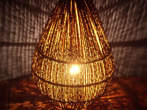 luminária artesanal de chão tipo (cebola) fibra de açaí