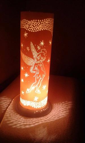 luminária de pvc personalizada com constelações atrás