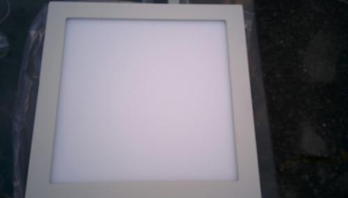 luminaria led para techo de adosar. redonda o cuadrada.