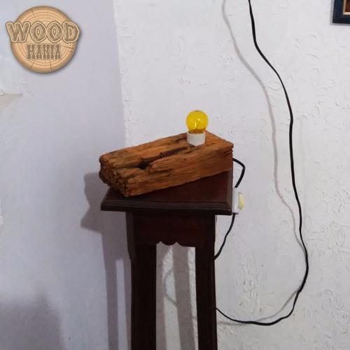 luminária para quarto ou sala rústica madeira de demolição