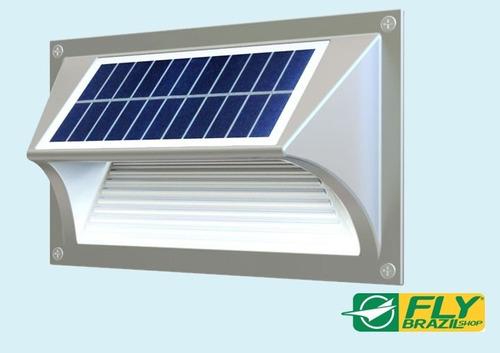 luminária solar degraus