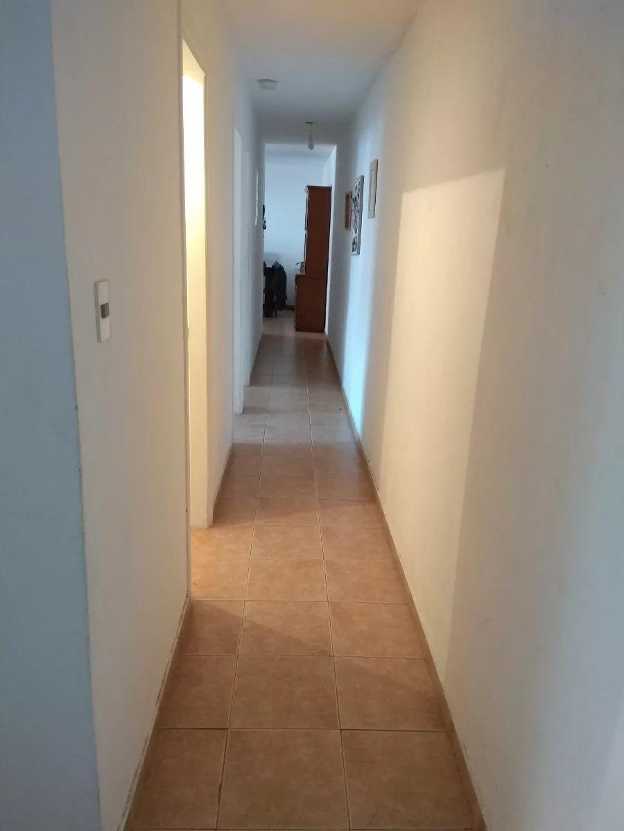 luminoso, amplio, 4 dormitorios, 2 baños, si banco!!