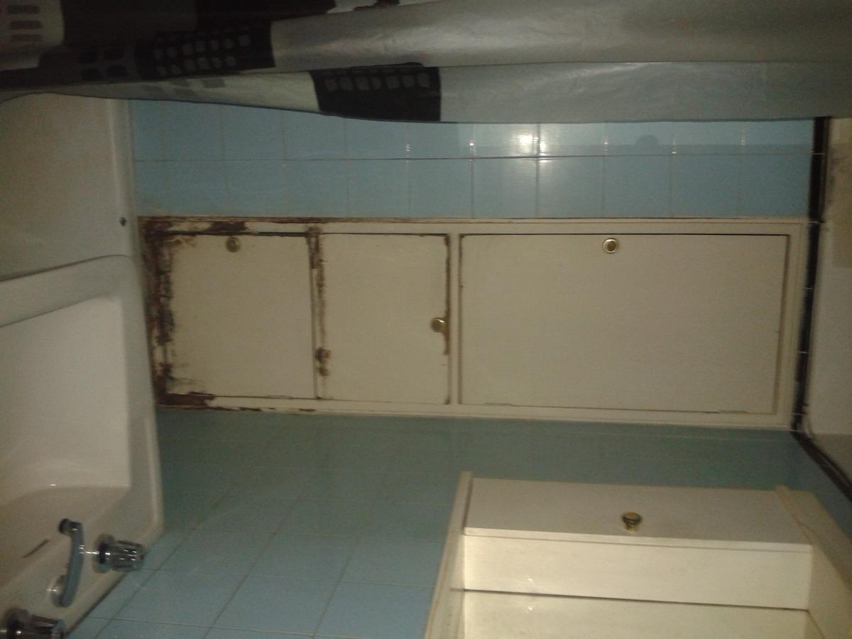 luminoso ap de 1 dor cocina y baño frente a pza entrevero