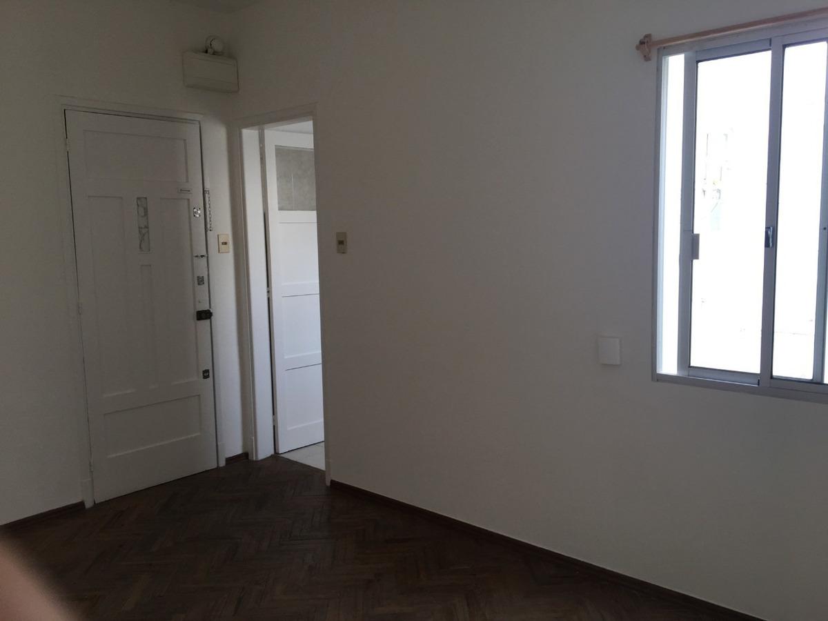 luminoso apartamento interior