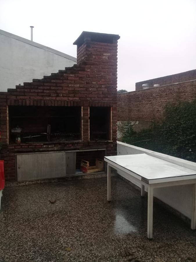 luminoso ph - 3 ambientes c/ piscina, amplio patio y terraza - carapachay