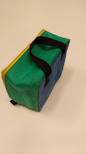 lunchera vianda escolar azul y verde con cierre y manijas