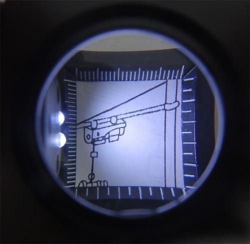 lupa cuentahilo con led de 30 mm y 5 x aumento
