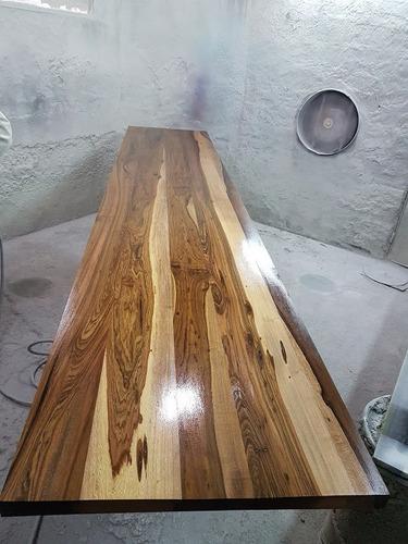 lustrador, laqueado y restaurador de muebles. laqueador