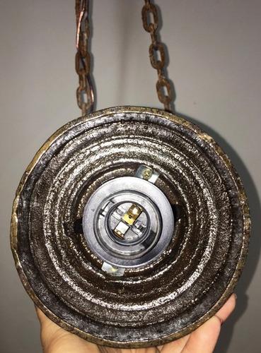 lustre 12 com eixo de roda de carroça original