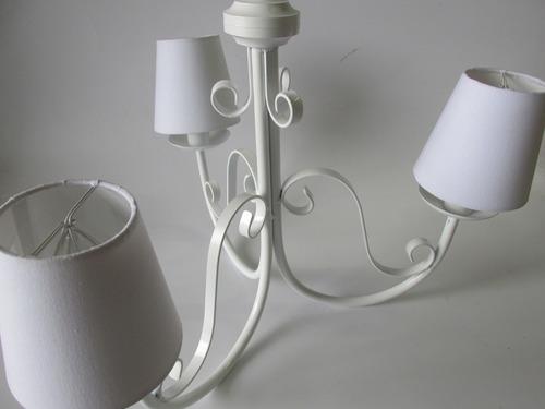 lustre 3 braços provençal clássico branco cúpulas forradas