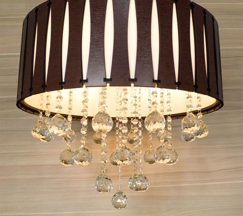 lustre de madeira com cristais legítimos 50cm wenge