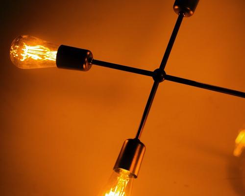 lustre pendente sputnik moderno cobre metal assimétrico