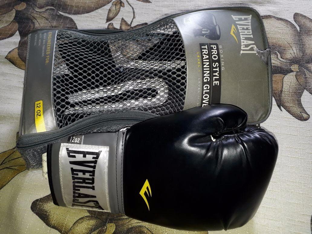 765300c82 luva de boxe pro style elite training 14oz preta - everlast. Carregando  zoom.