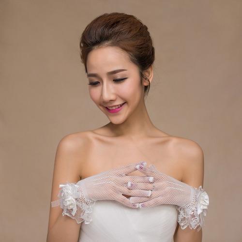 luva de noiva curta branca
