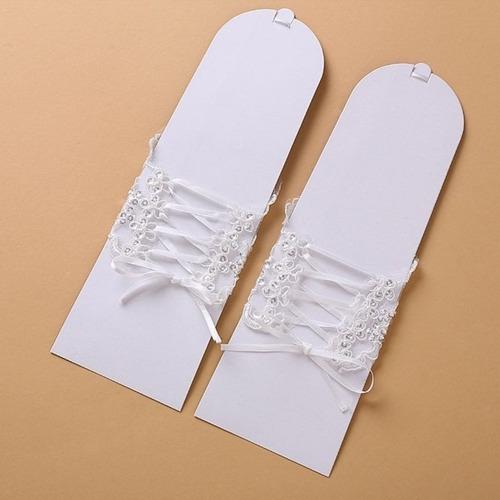luvas de casamento de noiva ou debudante em renda branca