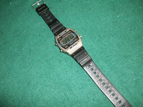luxury reloj digital retro metalico alarma