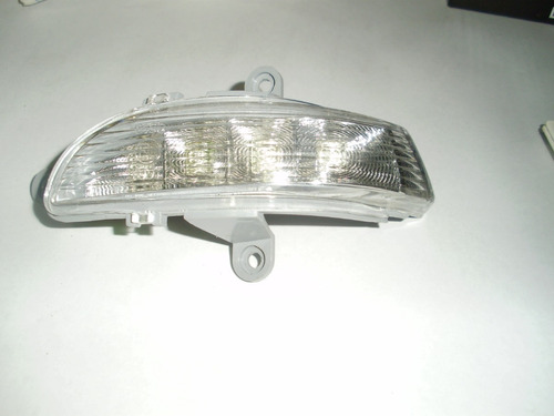 luz de cruce izquierda retrovisor optra 2011