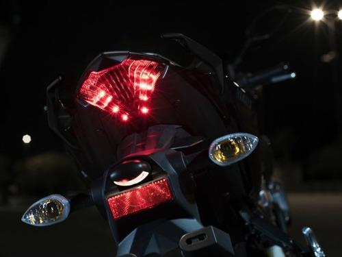 luz de stop para yamaha mt03 original