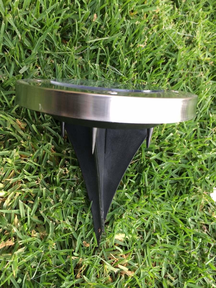 Luz solar para jardines iluminaci n de arboles for Iluminacion arboles jardin