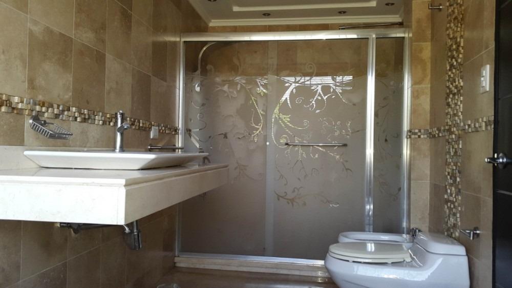 lyl 2000 vende casa en valle de camoruco  (a)